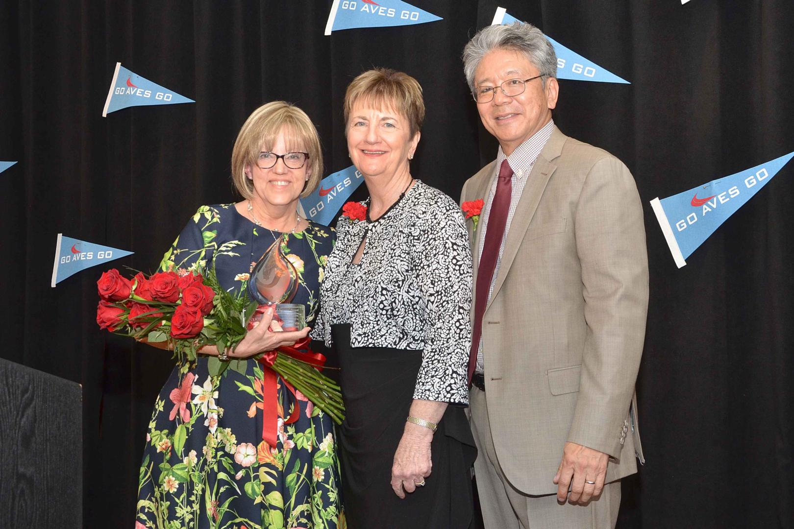 Spirit of Avenues Award to Patricia Grimes - HD Video